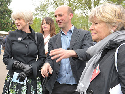Nigel Dunnett chats with Dame Helen Mirren