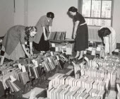 1955 – Bank librarians serving business research needs