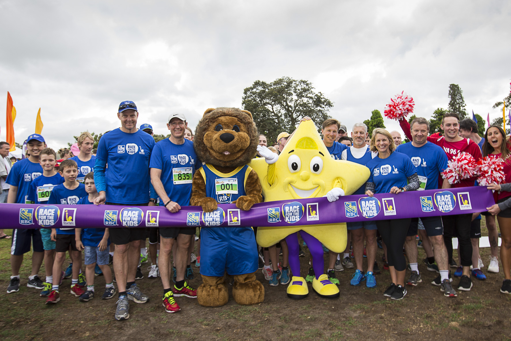 More than 800 people walked and ran through Centennial Park on Saturday in the third annual RBC Race for the Kids in Sydney